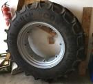 1x pneumatika s diskem 420/85 R34 Continental AC85