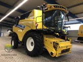 New Holland CR8.90