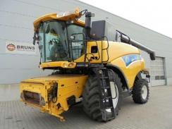 New Holland CR9090 + Varifeed 1070