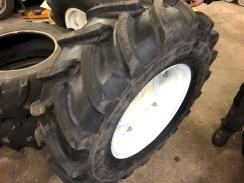 2x nová pneumatika s diskem 380/70 R24 - Firestone Performer 70