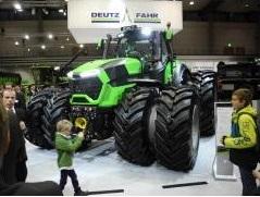 DEUTZ-FAHR: Nová továrna na výrobu traktorů