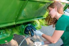 Agritechnica 2015 - Blesková výměna nožů žacího stroje pomocí nástroje Quick Change Tool