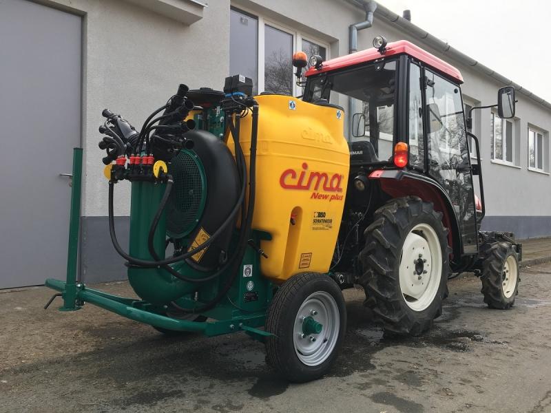 Nejužší nesený rosič CIMA 300l u zákazníka